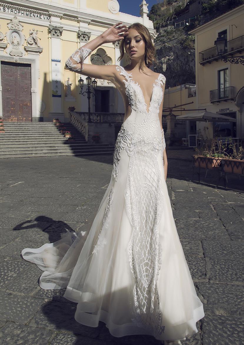 foto-2_icona_collezione_sposa_strascico_d_amore_alessandro_carrabs_couture_atelier_battipaglia_salerno